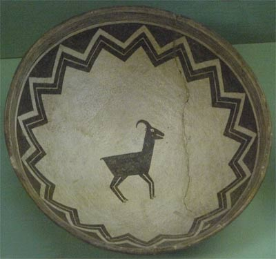 Bowl with Bighorn Sheep decoration
