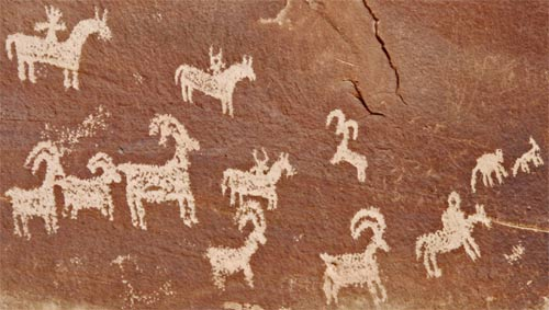 Petroglyphs at Arches NP. Men riding horses date the images to later than 1600.